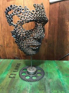 """Exceptional """"metal art diy"""" information is offered on our website. Read more and you wont be sorry you did. Welding Art Projects, Metal Art Projects, Metal Crafts, Diy Projects, Metal Sculpture Artists, Steel Sculpture, Art Sculptures, Sculpture Ideas, Human Sculpture"""