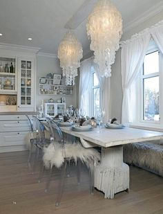 Love the shell hanging lamps . I have one like these but its huge floor to ceiling <3 it.