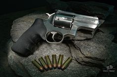 Ruger's Alaskan is a hard hitting, close quarters, Magnum, revolver. Doomsday Survival, Firearms, Shotguns, 44 Magnum, Ruger 10/22, Tactical Knives, Guns And Ammo, Self Defense, Cannon