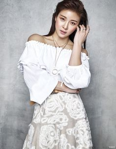 Ha Ji Won was recently in Taiwan to attend Vogue Taiwan's Fashion Night Out. The actress, who can now be seenwith Taiwanese actor Chen Bo Lininthe film Life Risking Romance, is also…