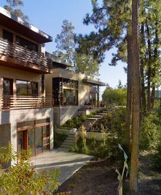 World Of Architecture: Modern Dream Home Design, California Dream Home Design, Modern House Design, Modern Exterior, Exterior Design, Santa Monica, Renovation Facade, Sloped Yard, Modern Mansion, Modern Homes