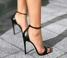 Simple black high heels, stiletto sandals with ankle strap Black High Heels, High Heels Stilettos, High Heel Boots, Heeled Boots, Stiletto Heels, Shoes Heels, Strappy High Heel Sandals, Cute Black Heels, Talons Sexy