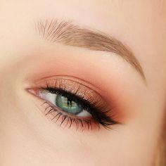 "Trend Alert: Get a ""Peach Make-up"" Maquillage - maquillage naturelle - maquillage tutoriel Makeup Eye Looks, Makeup For Brown Eyes, Cute Makeup, Eyeshadow Looks, Gorgeous Makeup, Eyeshadow Makeup, Easy Makeup, Perfect Makeup, Simple Makeup"