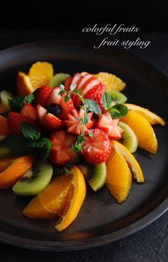 画像1つ目 レッスンデザイン《ステップ アップ》の記事より Cheese Fruit Platters, Fruit Trays, Fruit Decorations, Food Decoration, Veggie Recipes, Cooking Recipes, Veggie Food, Cooking Tips, Childrens Meals