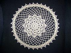 Crochet Thread Size 10, Doilies, Dream Catcher, Reflection, Decorative Plates, Projects, Vintage, Log Projects, Dreamcatchers