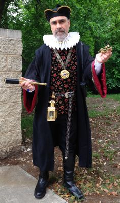 Find thousands of amazing costumes and true vintage clothing at Dallas Vintage Shop! We supply high-quality costumes to the entire DFW Metroplex!  sc 1 st  Pinterest & Texas RenFair Scarborough Faire Renaissance Little John Robin ...
