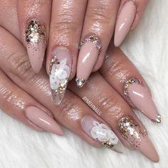 Stiletto Nails, Glitter Nails, Coffin Nails, Acrylic Nails, Acrylics, Hair And Nails, My Nails, Wedding Manicure, Nails 2018