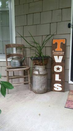 Sports sign// Tennessee vols// Hand by SignsOfHappinessInKc