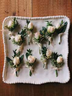 35 Rustic Wedding Decorations You Must Have A Look---blush roses boutonniere for groom , rustic glam wedding Wedding Table Centerpieces, Wedding Flower Arrangements, Flower Centerpieces, Wedding Decorations, Centerpiece Ideas, Table Decorations, Rustic Boutonniere, Corsage And Boutonniere, Boutonnieres