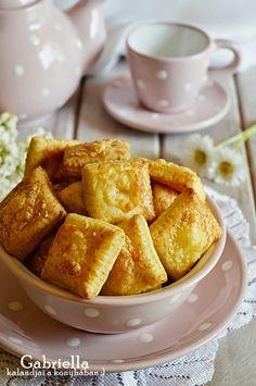 Gabriella kalandjai a konyhában :): Sajtos párna French Toast, Breakfast, Food, Morning Coffee, Eten, Meals, Morning Breakfast, Diet