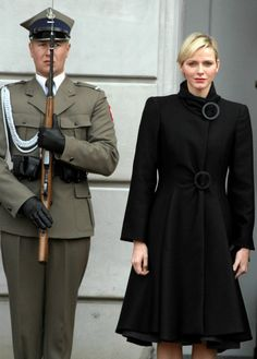 Prince Albert and Princess Charlene of Monaco are on the first day of their visit to Poland. Prince Albert is a long-standing member of the International Olympic Committee Princess Stephanie, Princess Caroline, Hollywood Fashion, Royal Fashion, Grace Kelly, Princess Style, Princess Fashion, Princesa Charlene, Queen And Prince Phillip