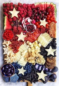 4th Of July Desserts, Fourth Of July Decor, 4th Of July Celebration, 4th Of July Decorations, 4th Of July Party, July 4th, Memorial Day Desserts, Charcuterie Recipes, Charcuterie And Cheese Board