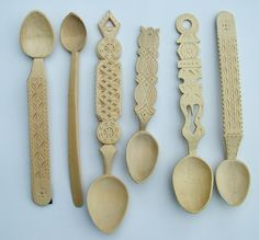 Romanian Spoons-Stuart King Collection  (3) Wooden Spoon Carving, Carved Spoons, Wooden Spoons, Wood Carving, Love Spoons, Whittling, Architecture Design, Chainsaw Carvings, Wood