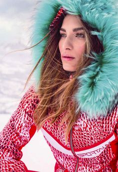 Top 2018 Ski Wear - Sportalm brings a new approach to ski wear. Fun, style and functionality are the key elements in their collection. Vintage Ski, Vintage Winter, Cosy Winter, Winter Wear, Snow Fashion, Winter Fashion, Apres Ski Outfits, Ski Jumpsuit, Alpine Style