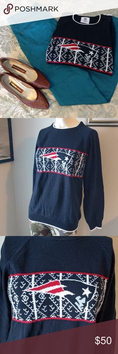 Patriots Sweater GUC youth sweater, but fits XS-S women's with short arms. Go Pats! NFL Team Apparel Sweaters Crew & Scoop Necks