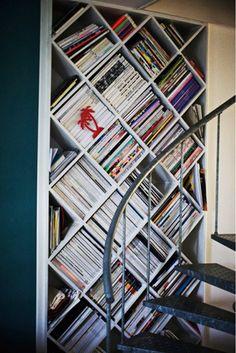 7 Stylish Ways to Store Your Magazines via @mydomaine