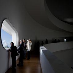 Interior space  Iberê Camargo Foundation: Standards and Variations