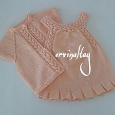 Find and save knitting and crochet schemas, simple recipes, and other ideas collected with love. Baby Knitting Patterns, Knitting For Kids, Baby Patterns, Baby Pullover, Baby Cardigan, Knit Or Crochet, Crochet For Kids, Layette Pattern, Diy Crafts Knitting