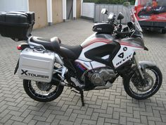 Honda VFR1200X Crosstourer (2047×1536) IXIL exhaust system Completely repainted in Semmler / Revit Edition Bagster seat