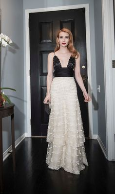 Oscars Emma Roberts Wears Armani for Red Carpet, Green Dress Challenge Dots Fashion, Gq Fashion, Fashion Outfits, Fabulous Dresses, Cute Dresses, Celebrity Outfits, Celebrity Style, Oscars 2017, Oscar Dresses