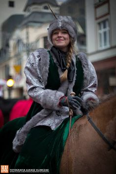 17th/18th-century costumes of Polish szlachta [nobility] © Łukasz Klimczak / Heart Attack Photography.