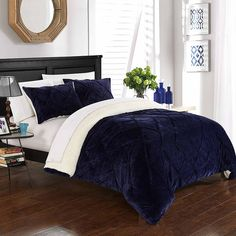 Chic Home Aurelia King Comforter Set In Navy Navy Comforter, Queen Comforter Sets, Best Duvet Covers, Luxury Bedding Sets, Modern Bedding, Bed Sizes, Comforters, Bedspreads
