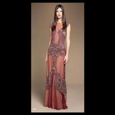 Que maravilha de vestido Mabel Magalhães.