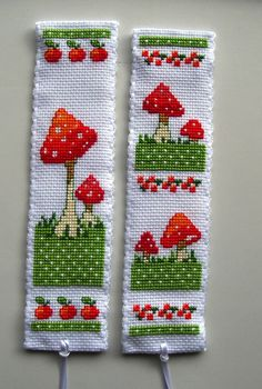 Vervaco cross stitch bookmarks-Toadstools.