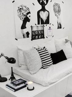 #style #home #pro #blacknwhite #deckpillows #corner eiffeltower #zebraprint #decor #homedecor #wallart