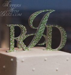 Green crystal cake t