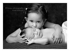 Cute sibling pic!