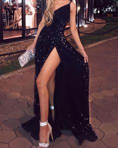 Sequin Spaghetti Strap Slit Dress – bodyconest Source by Dresses Pretty Prom Dresses, Hoco Dresses, Black Evening Dresses, Black Prom Dresses, Ball Dresses, Elegant Dresses, Homecoming Dresses, Dance Dresses, Maxi Dresses