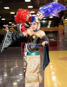 One of the coolest/best LoZ cosplays I've ever seen. Twinrova, YEAH!
