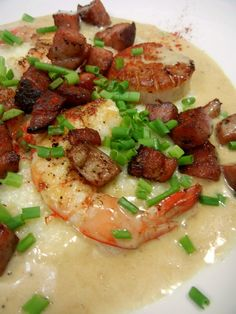 Queen Grits: Scallops, Shrimp, Serrano Ham, and Ouzo Cream with Chives at FoodBlogs.com