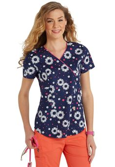 Code Happy Make My Daisy crossover print scrub top | Scrubs and Beyong #flowers #floral #nurses