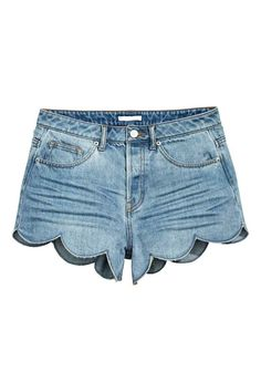 Scallop-hem denim shorts: 5-pocket shorts in washed denim with a high waist, button fly and scalloped hems.