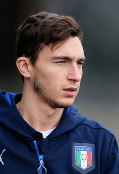 Matteo Darmian of Italy looks on during the training session at the club's training ground  at Coverciano on November 10, 2016 in Florence, Italy.