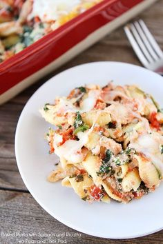 Baked Pasta with Spinach and Ricotta Recipe on twopeasandtheirpod.com Love this easy baked pasta recipe!