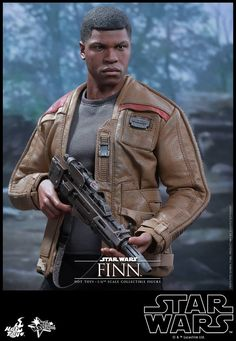 Hot Toys Star Wars Finn and Riot Control Stormtrooper