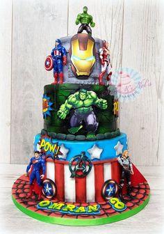 Avengers superhero cake - cake by Sam & Nel's Taarten - CakesDecor Avengers Birthday Cakes, Superhero Birthday Cake, Cake Birthday, 4th Birthday, Hulk Cakes, Batman Cakes, Marvel Cake, Disney Frozen Cake, Movie Cakes