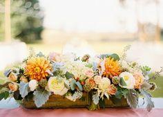 fall floral arrangement by Mum's Flowers