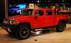 When the U.S. manufacturer of military off-road vehicles, the company AM General in 1992 launched a civilian version of the Hummer HT3 For Sale on the market,