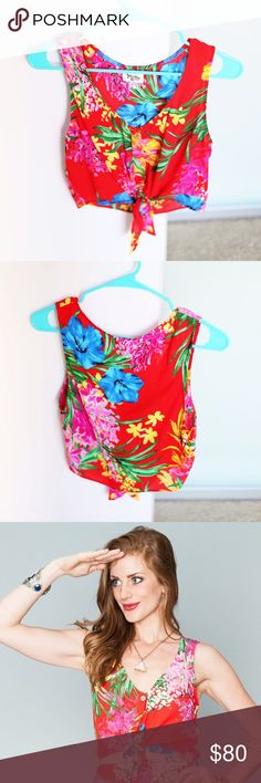 Show Me Your Mumu Tanya Tie Top Tropical Tango Show Me Your Mumu Tanya Tie top in the print 'Tropical Tango'. Size medium. Worn once for a few hours. Fantastic condition. Selling because I typically wear a XS/Small, so the medium is a bit big! Pattern not available anymore. No trades  Show Me Your MuMu Tops Crop Tops
