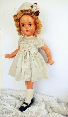 Vintage Doll da Estrela