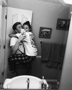 cute couples love and hug pictures the best love and romantic photos and pictures of cute couple kissing an hugging . love images quotes couples goals pictures forever love photos love images with quotes cute couple hugging couple kiss wallpapers Cute Couples Photos, Cute Couple Pictures, Cute Couples Goals, Romantic Couples, Couple Photos, Romantic Gifts, Romantic Bf, Cute Couple Things, Hug Pictures