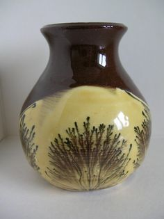 Slipware & mochaware pottery by Cyril Braunton, St Helen's Mill Pottery, Abingdon-on-Thames - SHM mark