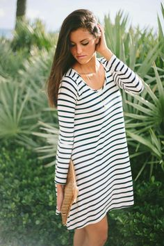 White and Black Summer Dress 2015 Stripped Print Loose and Comfy Look.