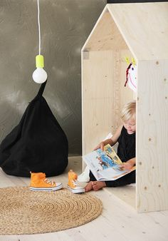 Make a plywood play house for your kid's room Kids Corner, Kids Furniture, Simple Furniture, Playroom Furniture, Modern Furniture, Furniture Design, Kid Spaces, Kidsroom, Kids Decor