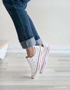 """""""Lunar"""" handgemalte Mädchen shoes"""