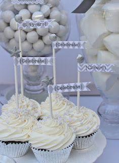 white/silver cupcakes!